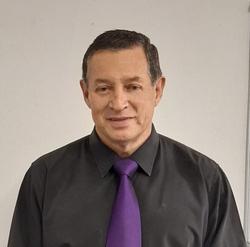 Gerhard Ras, estate agent